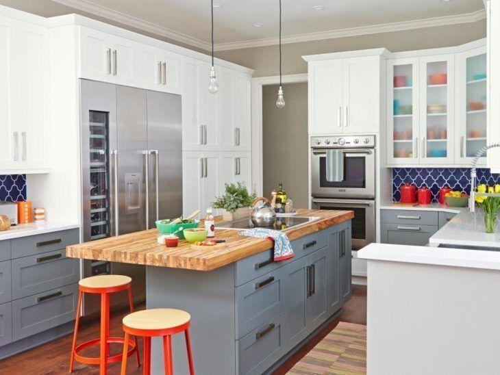 cozinha pequena americana com ilha