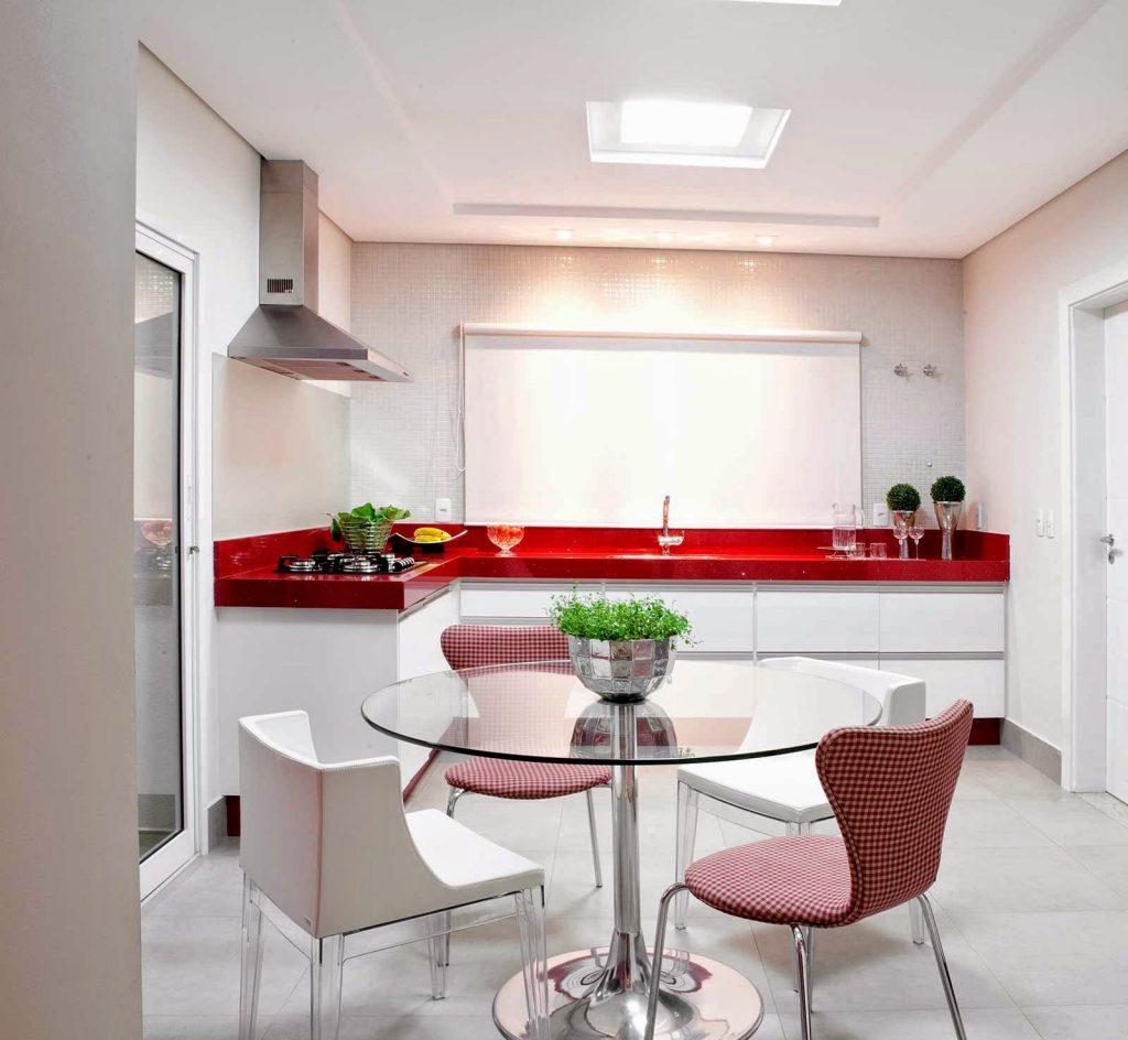 cozinha pequena planejada branca